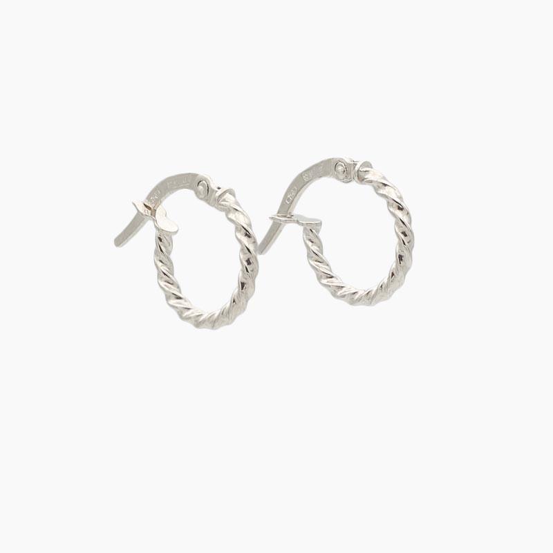 Pendientes de oro blanco en forma de aro con dibujo - 0070