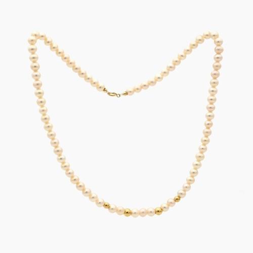 Collar de perlas y oro de ley