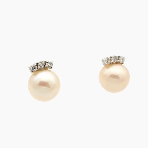 Pendientes con perla y tres brillantes